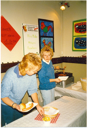 """Ausstellung """"Schule kreativ"""" in den Räumen der Koßmannschule 1986"""