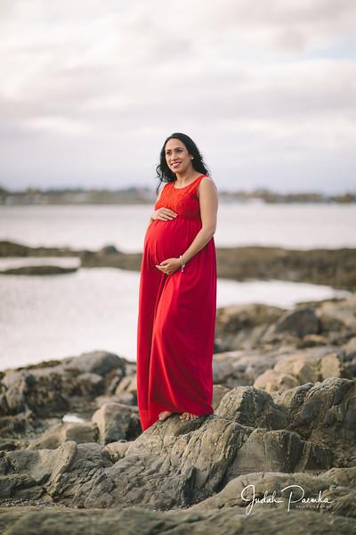 Kiran's Maternity Shoot - Cattle Point, Victoria BC. -71.jpg