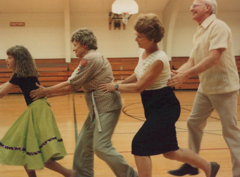 Dance_1832.jpg