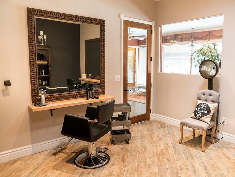 12_20_16_Hair Salon101.jpg