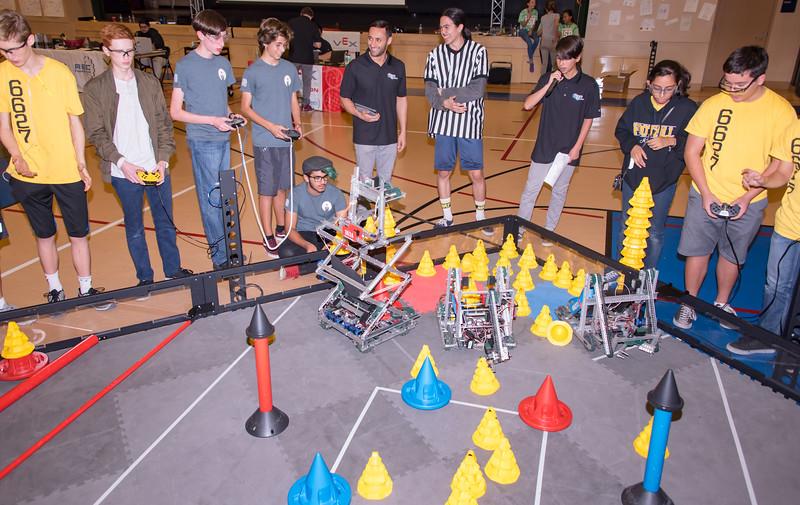 RoboticsCompetition_120217-187.jpg