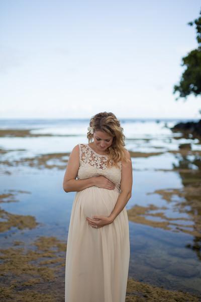 Kauai maternity photography-20.jpg