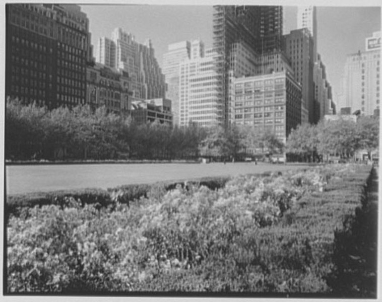 Bryant Park - October 25 1957.jpg