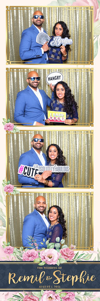 Alsolutely Fabulous Photo Booth 042326.jpg