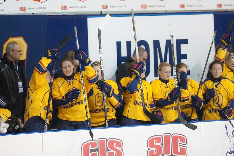 20130310 QWHockeyvsUBC 140.jpg
