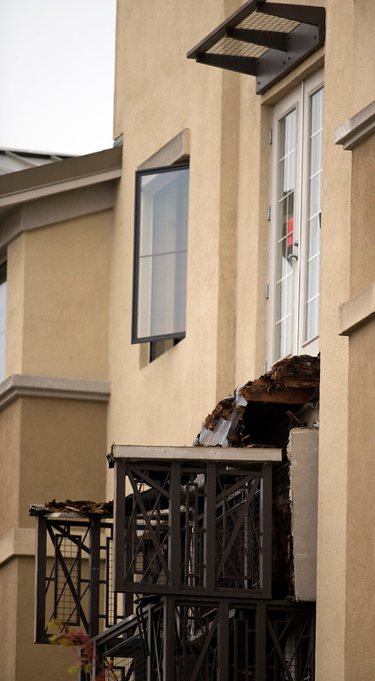 . The scene of a balcony collapse at an apartment building on Kittredge Street in Berkeley, Calif., Tuesday, June 16, 2015. Six people were killed and eight were taken to area hospitals. (D. Ross Cameron/Bay Area News Group)