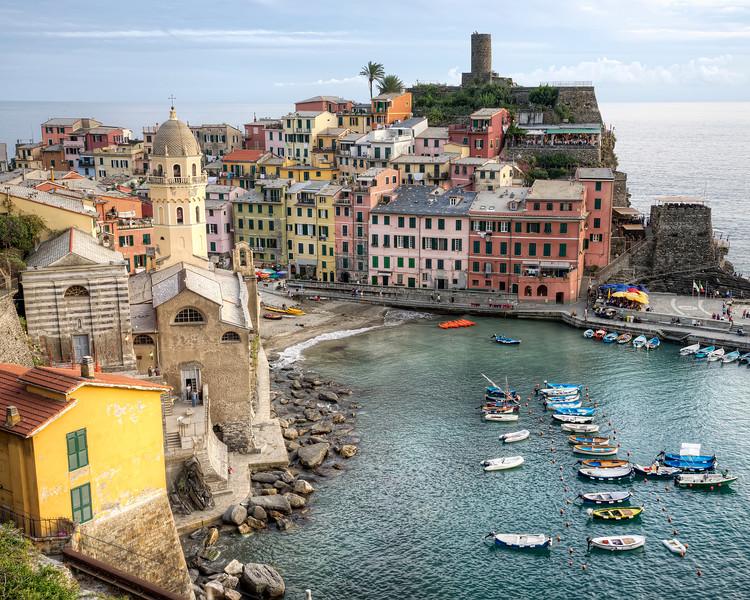 Vernazza-harbour-cinque-terre-italy.jpg