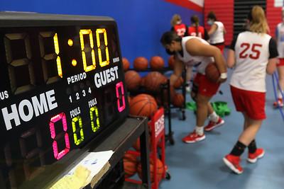 020221 Dundee-Crown Girls Basketball (MA)
