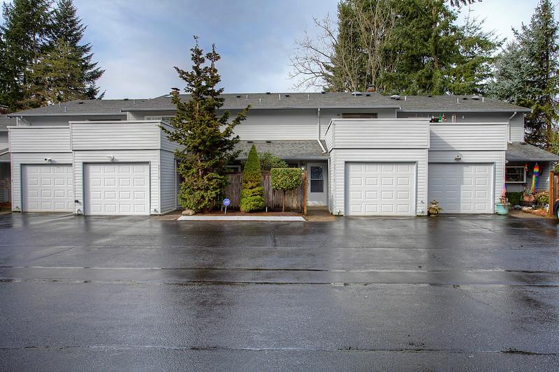 Regina Madiera-Gorden - Bridgeport Park Estate 5511 C