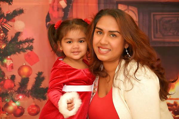 Shelby & Sydney Christmas 2014