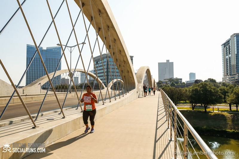 Fort Worth-Social Running_917-0615.jpg