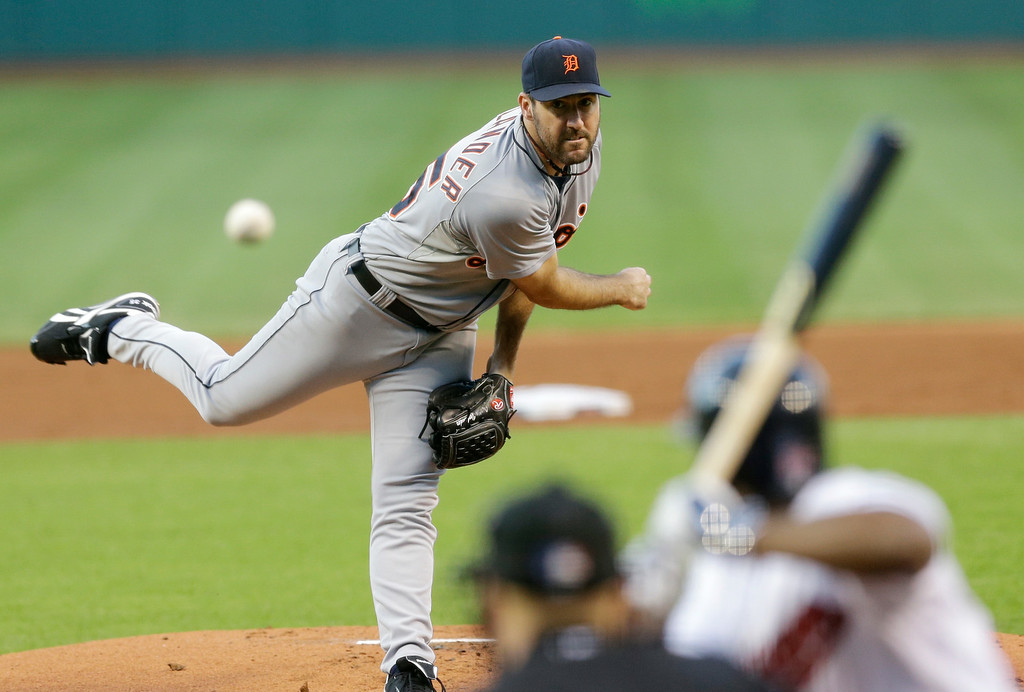 . Detroit Tigers starting pitcher Justin Verlander delivers to Cleveland Indians\' Michael Bourn in the first inning of a baseball game, Wednesday, Sept. 3, 2014, in Cleveland. (AP Photo/Tony Dejak)
