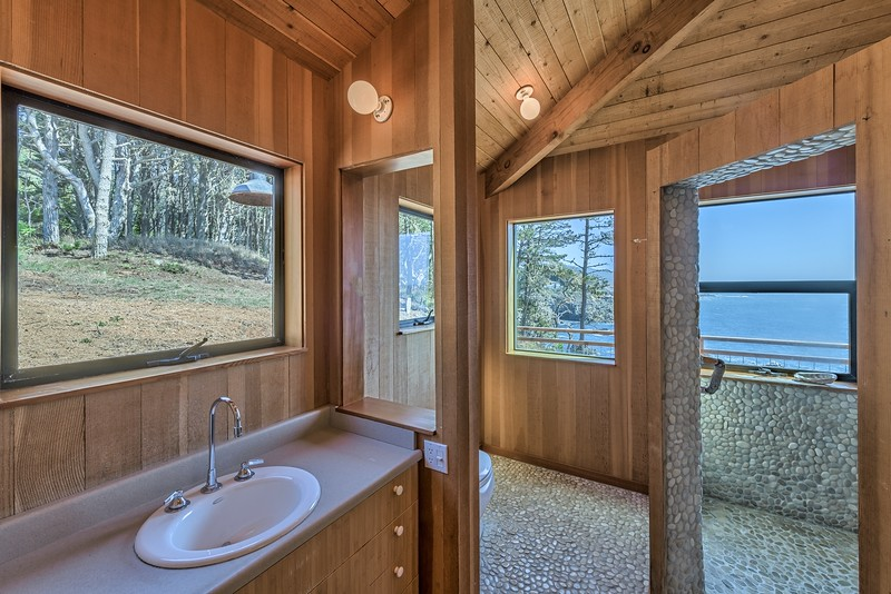 Lower Level Bath Room