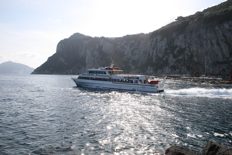 2008 - CAPRI JET departing from Capri.