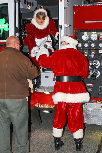 2014 Dec - Harrisburg Christmas Tree Lighting-0074.jpg