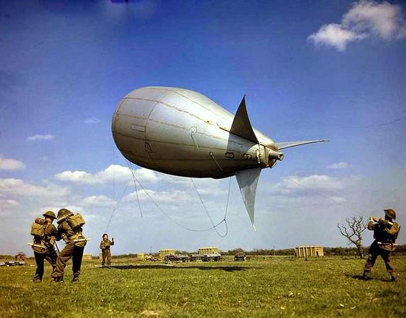 Aircraft-of-the-R.A.F.-and-S.A.A.F.-during-World-War-II-33.jpg