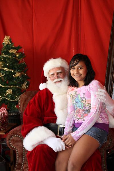 Santa Clause 27NOV2010-090.JPG