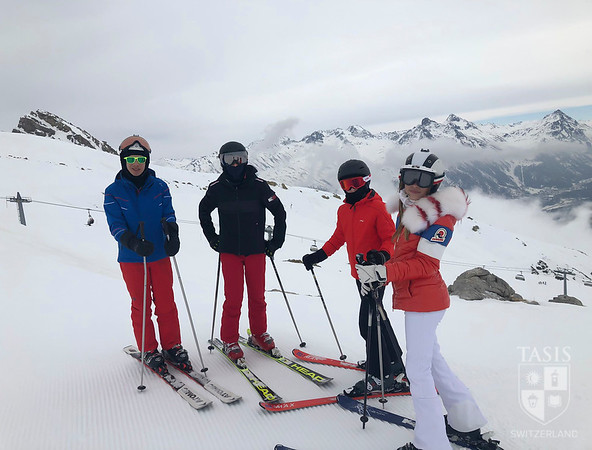 TASIS Middle School Winter Adventure