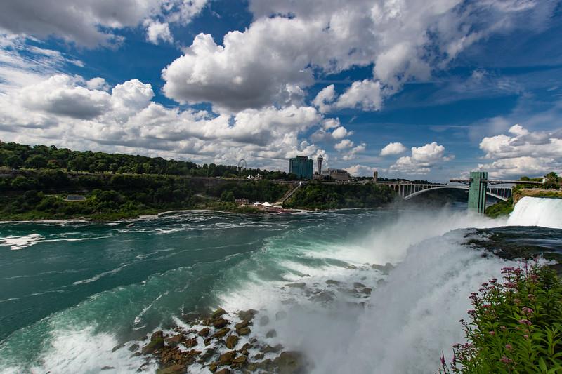 NiagaraFalls-HorshoeFalls2.jpg