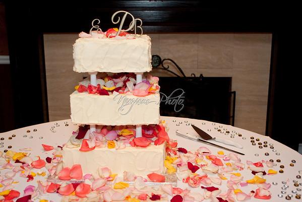 Cake Cutting - Emily and Beau