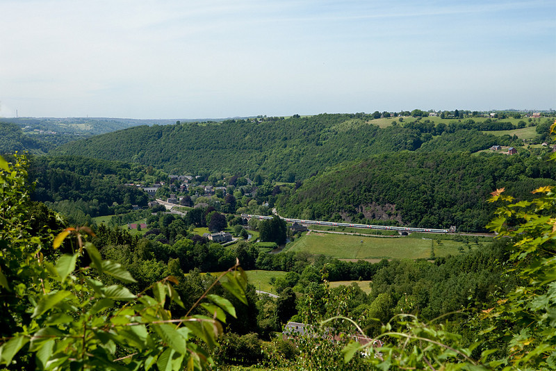A sweeping vista across the Vesdre valley with an Oostende-bound IC-A near Fraipont.
