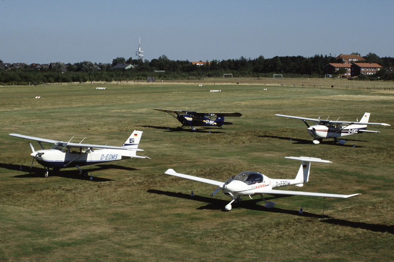D-EOMS-Cessna172-Private-EDXY-1999-09-03-GS-33-KBVPCollection.jpg