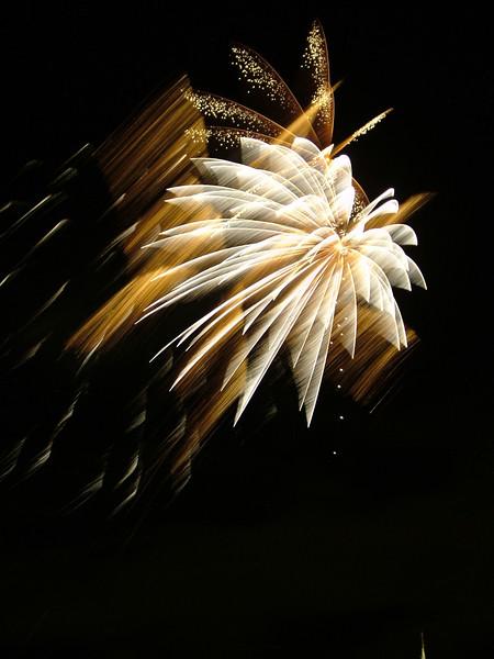 2005_1028tootingfireworks058_edited-1.JPG