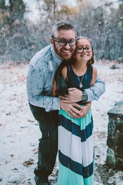 11-27-16 Becky & Douge Family Photo Session Oak Glen in the Snow-9060.jpg