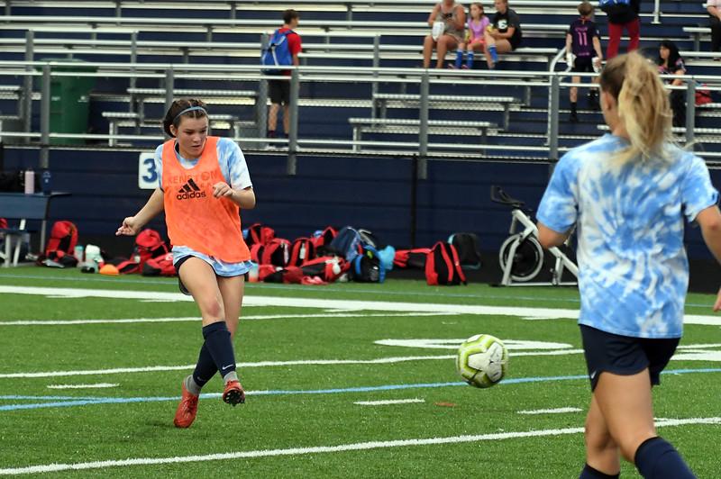 girls_soccer_2323.jpg