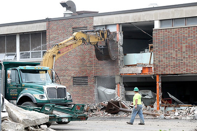 Thompson Middle School east wing demolition