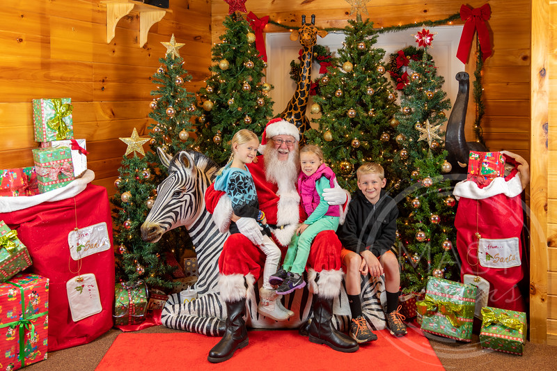2019-12-01 Santa at the Zoo-7521.jpg