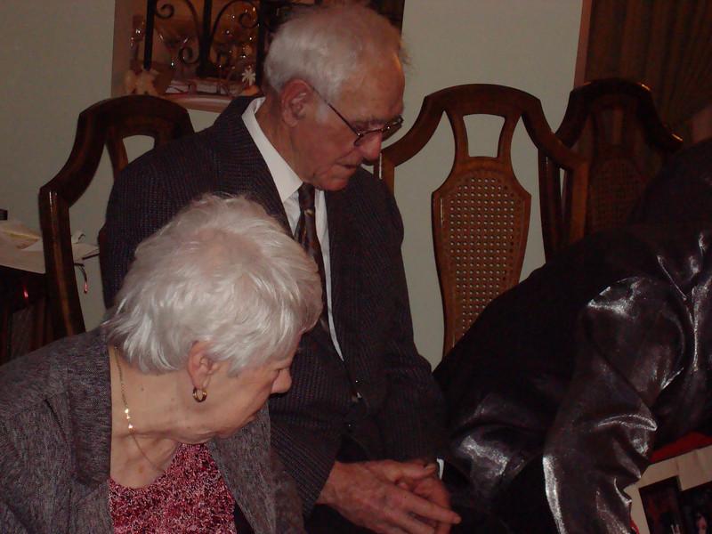 Xmas Eve Dec 25 2007 (47)_exp.jpg