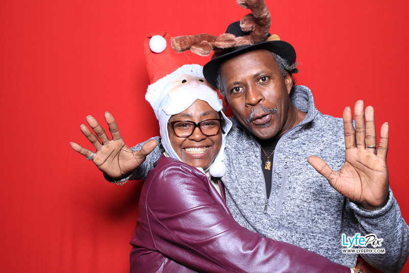 eastern-2018-holiday-party-sterling-virginia-photo-booth-0054.jpg