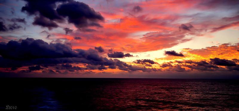 At Sea 02-14-2010 24.jpg