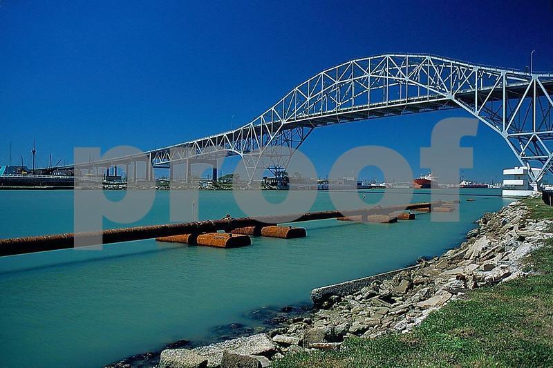 Corpus Christi bay bridge.jpg