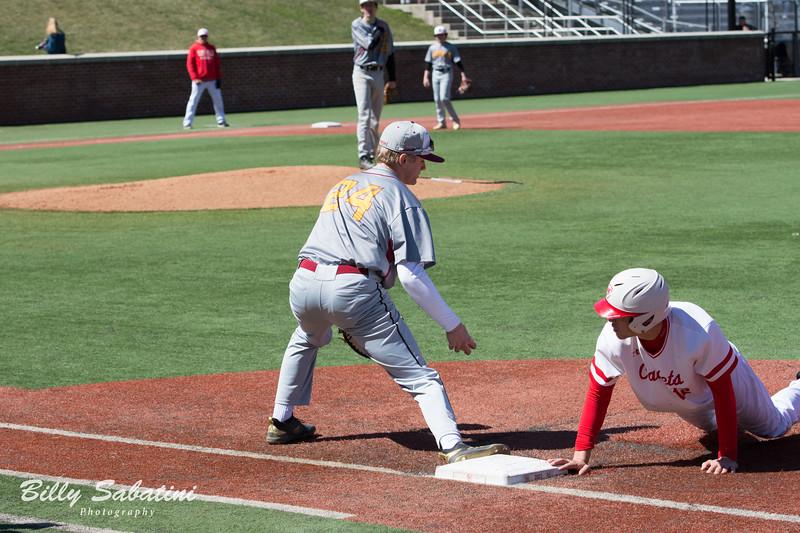 20190323 BI Baseball vs. St. John's 515.jpg