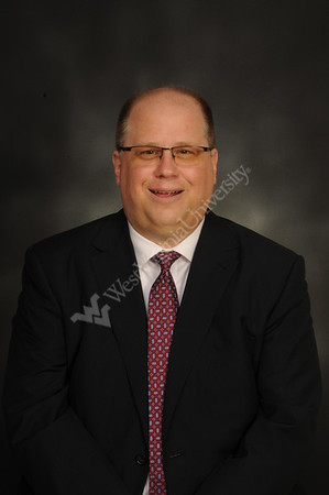 32761 Dr. Stephen Hoffmann WVU Medicine Portrait Oct 2016