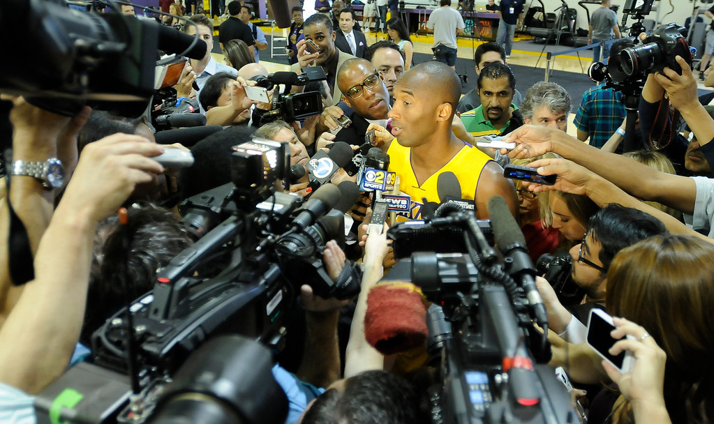 . Kobe Bryant is interviewed.The Los Angeles Lakers held a media day at their El Segundo practice facility. Players were photographed for team materials, and interviewed by the press. El Segundo, CA. 9/27/2013. photo by (John McCoy/Los An8eles Daily News)