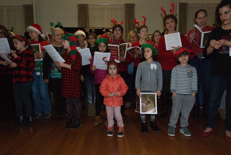 2018-12-19-Christmas-Caroling_013.jpg