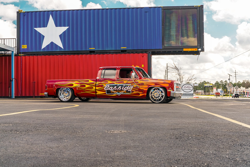@CassidyCustoms 1988 Chevrolet Silverado C30 24x 8.5 & 24x15 STARS-20190128-4.jpg