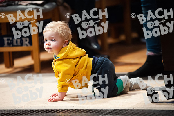 ©Bach to Baby 2019_Laura Woodrow_Epsom_2019-25-10_ 21.jpg