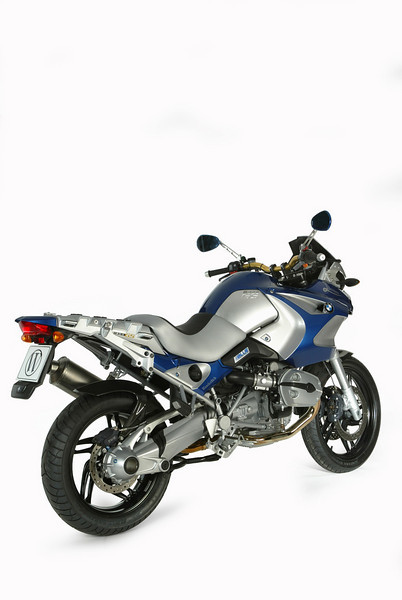 r1200gs_jararaca_rear_right.jpg