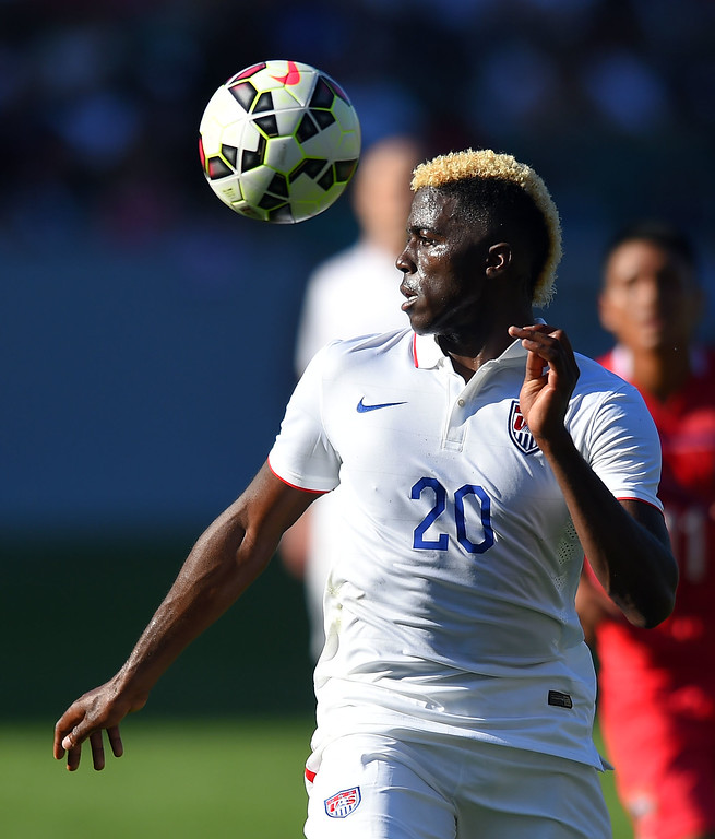 . USA�s Gyasi Zardes tries to control the ball at the StubHub Center in Carson, CA on Sunday, February 8, 2015. US men\'s national team beat Panama 2-0 in an international friendly soccer match. 2nd half. (Photo by Scott Varley, Daily Breeze)