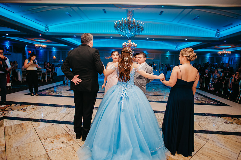 First Dance Images-122.jpg
