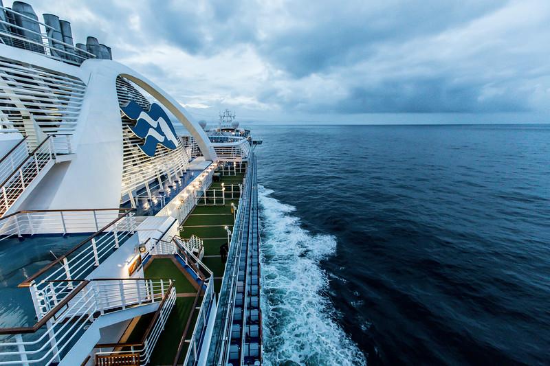 Ship at Dawn-0662.jpg