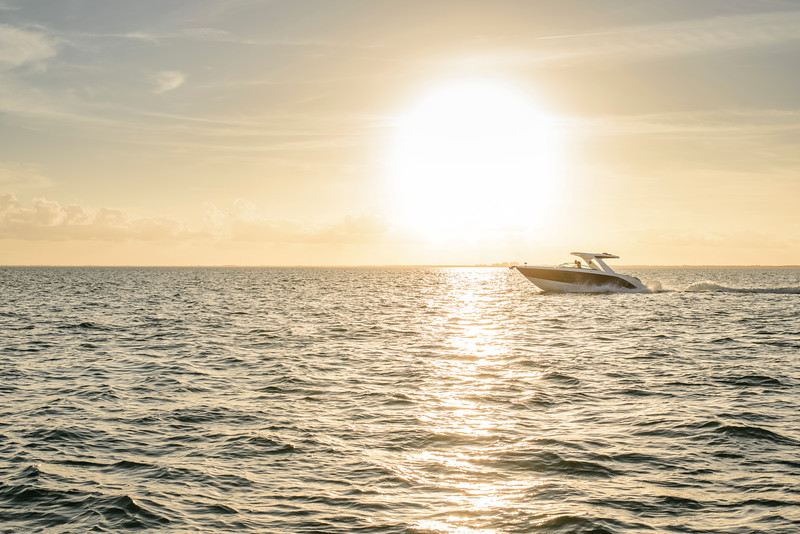 2020-SLX-R-310-outboard-running-3.jpg