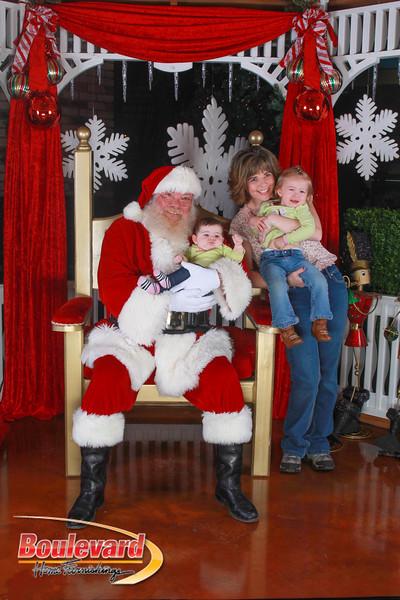 Santa 12-10-16-195.jpg