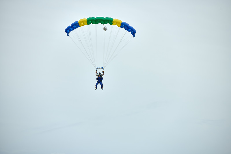 SkyDiveD85_9764.jpg