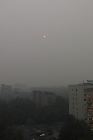 2010-08-06, Smoggy sky in Moscow