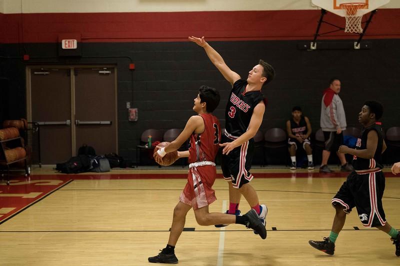 kwhipple_WWS_vs_Siena_basketball_20171206_060.jpg